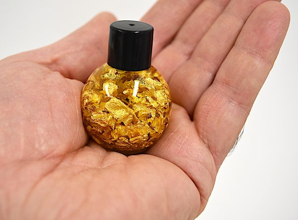 golden globe pack made with real gold 24ct bottle from thegoldmakers nuggets