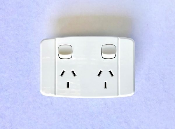 SEAMLESS FACE PLATE WITHOUT SCREWS POWER PONT TWIN OUTLET